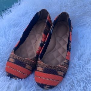 Reef Canvas Flats Size 6